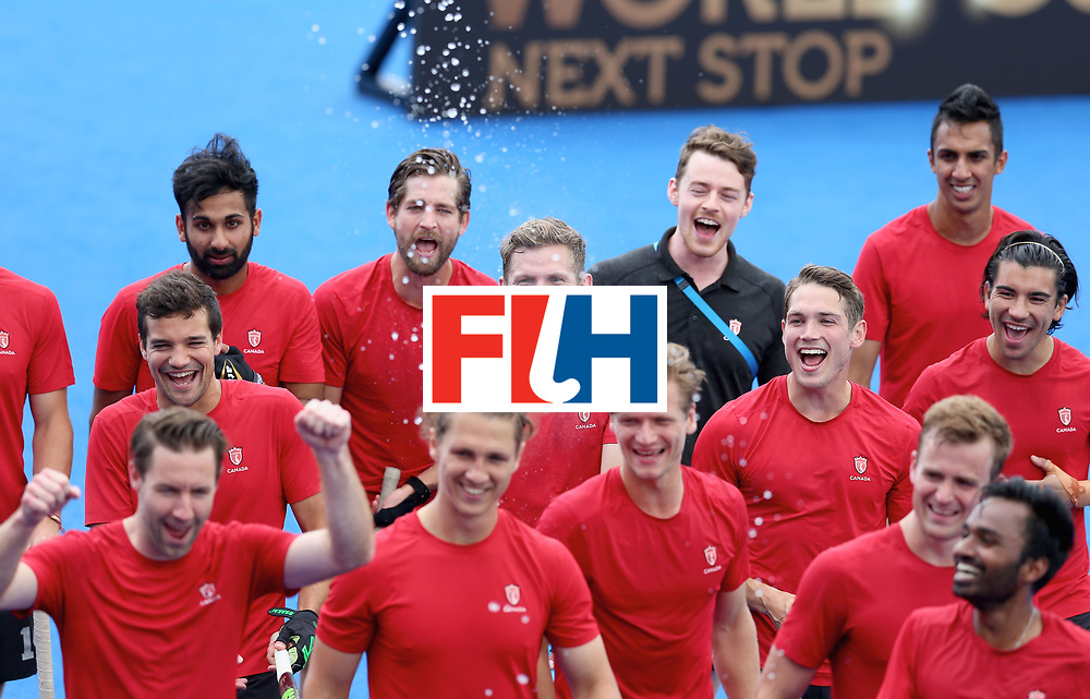 LONDON, ENGLAND - JUNE 25:  Canada players celebrate World Cup qualification after the 5th/6th place match between India and Canada on day nine of the Hero Hockey World League Semi-Final at Lee Valley Hockey and Tennis Centre on June 25, 2017 in London, England.  (Photo by Steve Bardens/Getty Images)