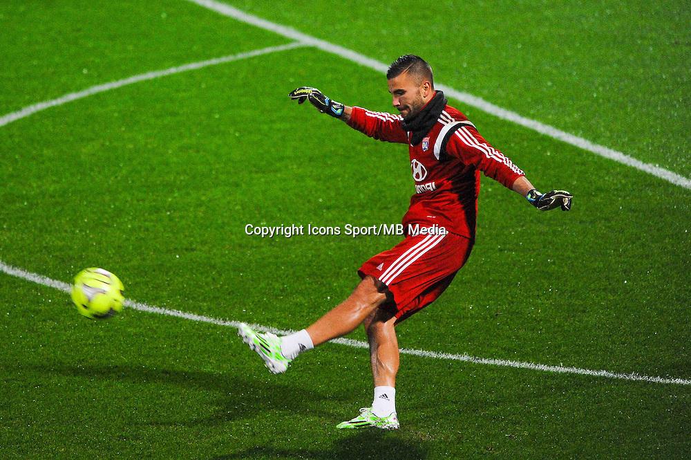 Anthony LOPES  - 04.12.2014 - Lyon / Reims - 16eme journee de Ligue 1  <br /> Photo : Jean Paul Thomas / Icon Sport