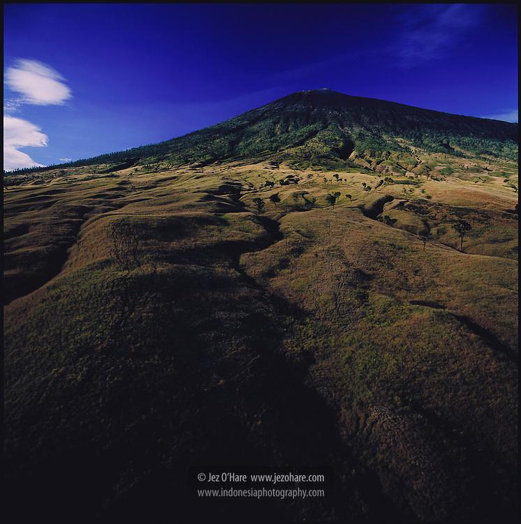 The north face of Mount Rinjani, Lombok, Nusa Tenggara Barat, Indonesia.