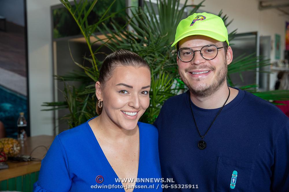 NLD/Amsterdam/20190624 - Temptation Island VIPS 2019, Mascha Feoktistova en partner Gregor van Vlierden