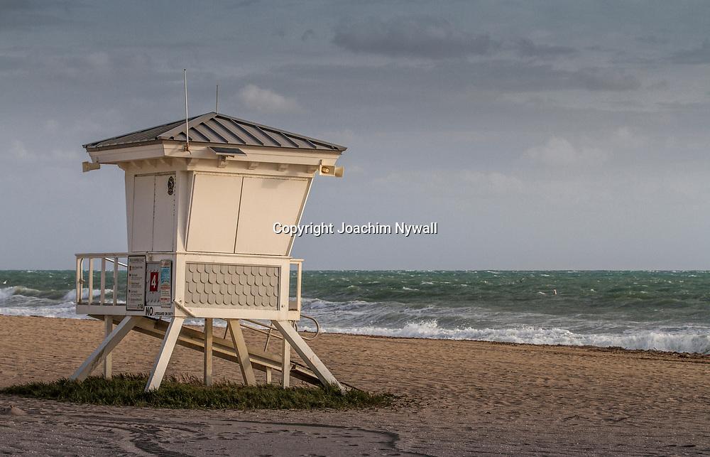 20151122 Fort Lauderdale  Florida USA <br /> Livvakts torn p&aring;<br /> FT Lauderdale beach<br /> <br /> <br /> FOTO : JOACHIM NYWALL KOD 0708840825_1<br /> COPYRIGHT JOACHIM NYWALL<br /> <br /> ***BETALBILD***<br /> Redovisas till <br /> NYWALL MEDIA AB<br /> Strandgatan 30<br /> 461 31 Trollh&auml;ttan<br /> Prislista enl BLF , om inget annat avtalas.