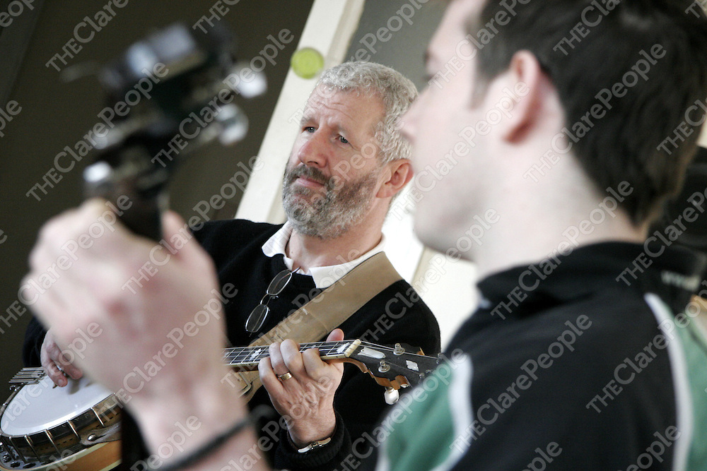 Kevin Hassett from Roslevin was delighted to get an oppurtunity to play along side Kiern Hanrahan as he took part in a banjo workshop as part of the Corofin traditional festival over the weekend.<br />