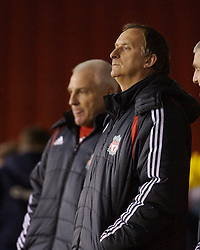 Sheffield, England - Thursday, February 15, 2007: Liverpool's youth coach John Owens and Head of Youth Development Steve Heighway during the FA Youth Cup Quarter-Final match at Bramall Lane. (Pic by David Rawcliffe/Propaganda)