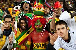 02.07.2010, Soccer City Stadium, Johannesburg, RSA, FIFA WM 2010, Viertelfinale, Uruguay (URU) vs Ghana (GHA) im Bild Fans of Ghana, EXPA Pictures © 2010, PhotoCredit: EXPA/ Sportida/ Vid Ponikvar, ATTENTION! Slovenia OUT