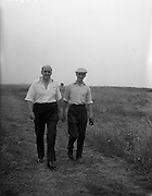23/06/1959<br /> 06/23/1959<br /> 23 June 1959 <br /> Irish Amateur Close Golf Championships at Portmarnock, Dublin. C. Ewing (Co. Sligo) (left), with 3rd round opponent E.A. Firth (Sutton). Ewing won 6 and 5.