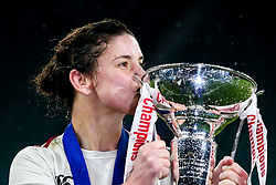 Sarah Hunter of England Women with the Women's Six Nations Trophy - Mandatory by-line: Robbie Stephenson/JMP - 16/03/2019 - RUGBY - Twickenham Stadium - London, England - England Women v Scotland Women - Women's Six Nations