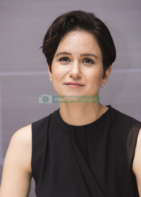 November 6, 2016 - New, York, New York, U.S. - Katherine Waterston stars in the movie Fantastic Beasts and Where to Find Them (Credit Image: © Armando Gallo/Arga Images via ZUMA Studio)