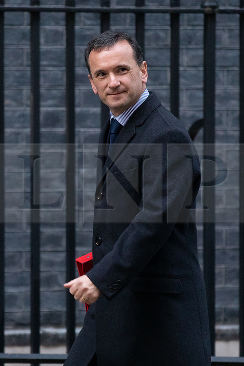 © Licensed to London News Pictures. 19/12/2018. London, UK. Secretary of State for Wales Alun Cairns arrives in Downing Street. Photo credit : Tom Nicholson/LNP