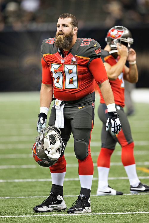 NEW ORLEANS, LA - SEPTEMBER 20:  Joe Hawley #68 of the Tampa Bay Buccaneers warming up before a game against the New Orleans Saints at Mercedes-Benz Superdome on September 20, 2015 in New Orleans Louisiana.  The Buccaneers defeated the Saints 26-19.(Photo by Wesley Hitt/Getty Images) *** Local Caption *** Joe Hawley