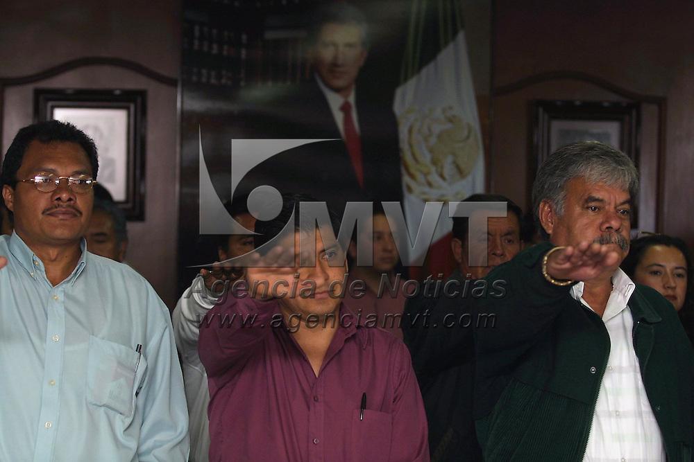 Toluca, M&eacute;x.- Toma de protesta a coordinadores municopales de vinculacion social del PRI. Agencia MVT / Mario V&aacute;zquez de la Torre. (DIGITAL)<br /> <br /> NO ARCHIVAR - NO ARCHIVE
