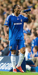 LONDON, ENGLAND - Wednesday, May 6, 2009: Chelsea's Didier Drogba takes a drink during the UEFA Champions League Semi-Final 2nd Leg match against Barcelona at Stamford Bridge. (Photo by David Rawcliffe/Propaganda)