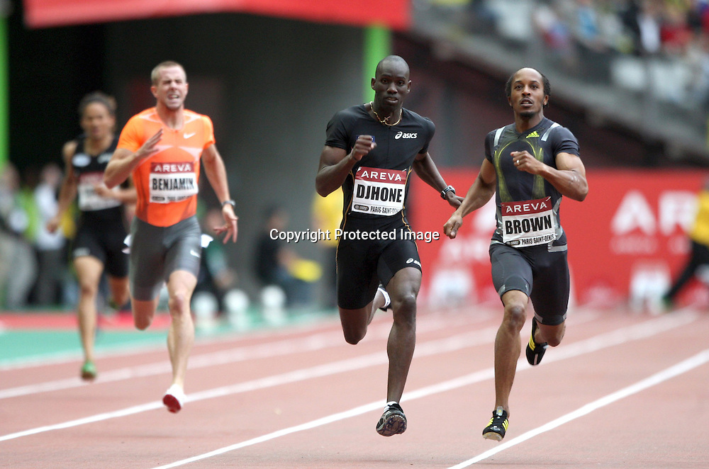 Leslie Djhone and Christopher Brown in action during the 400 metre race, at the IAAF Golden League Track and Field meeting on 17 July 2009 in Paris, France. Photo: Panoramic/PHOTOSPORT *** Local Caption ***