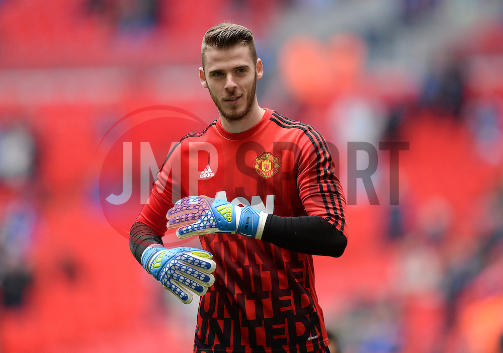 David De Gea of Manchester United warms up prior to kick off. - Mandatory by-line: Alex James/JMP - 23/04/2016 - FOOTBALL - Wembley Stadium - London, England - Everton v Manchester United - The Emirates FA Cup Semi-Final