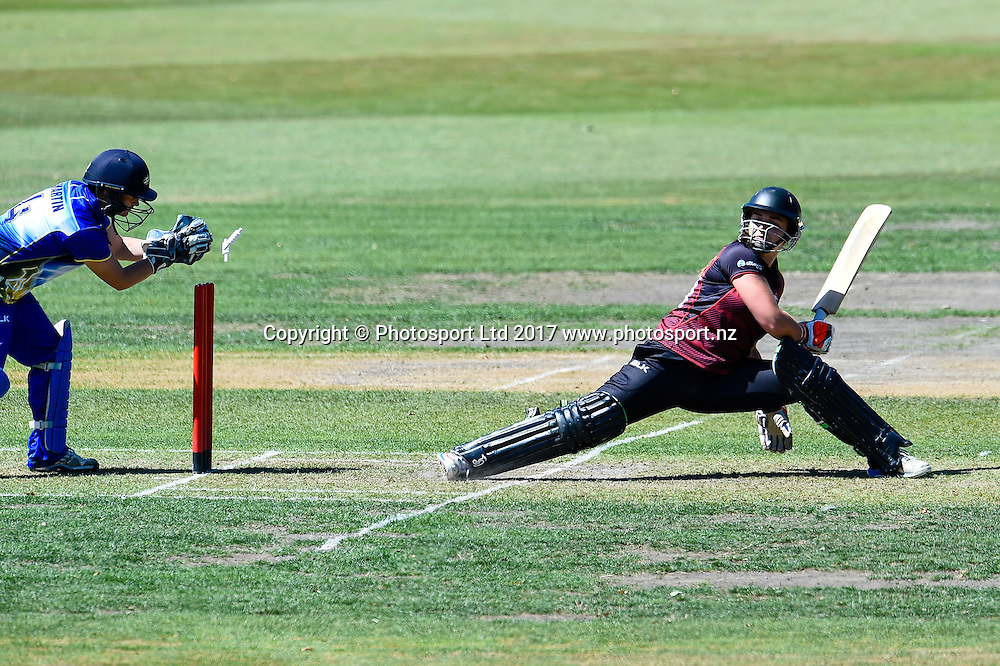Natalie Cox�of the Canterbury Magicians gets back in time avoide a stumping by Katey Martin of the Otago Sparks  during the Womens Domestic Twenty20 Final cricket game, Canterbury V Otago, Mainpower Oval, Rangiora, New Zealand, 11th February 2017.Copyright photo: John Davidson / www.photosport.nz