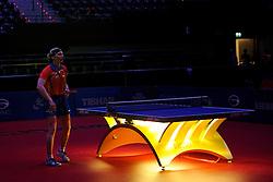 09-05-2011 TAFELTENNIS: WORLD TABLE TENNIS CHAMPIONSHIPS: ROTTERDAM<br /> Yana Timina moest even wachten op haar eerste matchpoint. Bij de stand 10-6 in de vierde game viel het stroom uit in de Ahoy.<br /> ©2011-FotoHoogendoorn.nl