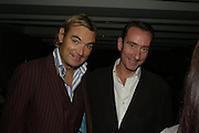 WHITNEY SMITH AND ROBERT HANSON, Party hosted by Larry Gagosian at Nobu, Berkeley St. London. 9 October 2007. -DO NOT ARCHIVE-© Copyright Photograph by Dafydd Jones. 248 Clapham Rd. London SW9 0PZ. Tel 0207 820 0771. www.dafjones.com.