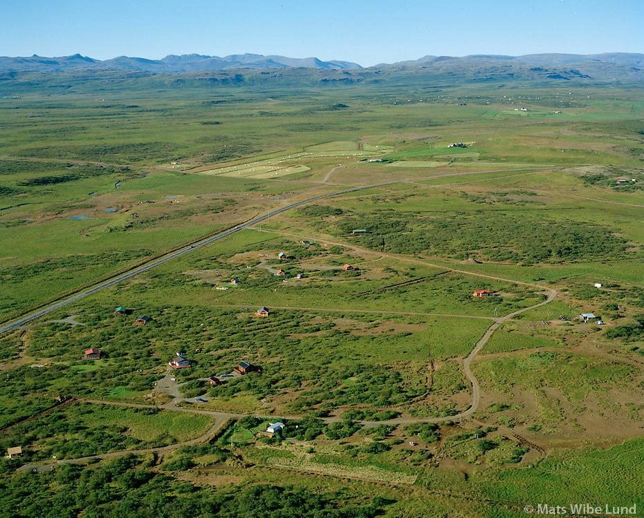 Orlofshús í landi Galtarholts, séð til norðvesturs, Borgarbyggð áður Borgarhreppur / Holiday homes near Galtarholt, viewing northwest, Borgarbyggd former Borgarhreppur.