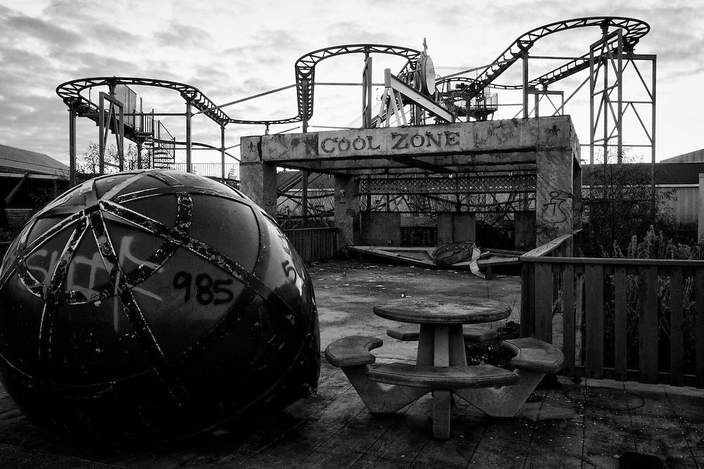 The Coca-Cola Cool Zone with the Muskrat Scrambler ride behind it at Six Flags in East New Orleans - five years later after Hurricane Katrina.