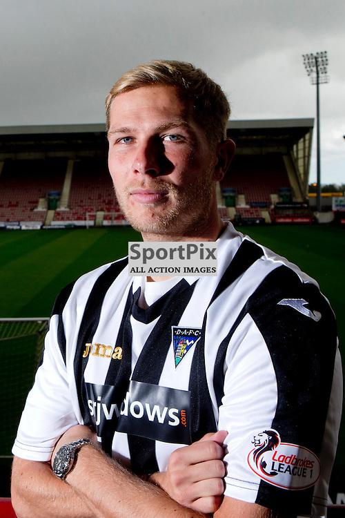 DAFC Sign Marc McAusland East End Park 24 September 2015<br /> (c) CRAIG BROWN | SportPix.org.uk
