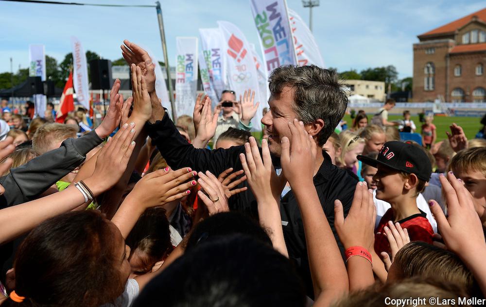 DK Caption:<br /> 20140617, K&oslash;benhavn, Danmark:<br /> Skole OL finale 2014: Kronprins Frederik <br /> Foto: Lars M&oslash;ller<br /> UK Caption:<br /> 20140617, Copenhagen, Denmark:<br /> School Olympics 2014: Kronprins Frederik <br /> Photo: Lars Moeller