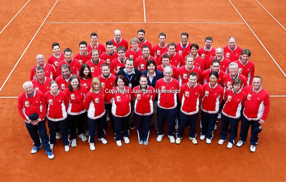 BMW Open 2013,250 ATP World Tour, Tennis Turnier, International Series,Iphitos Tennis Club, Sandplatz, Muenchen, Linienrichter,Gruppenfoto,