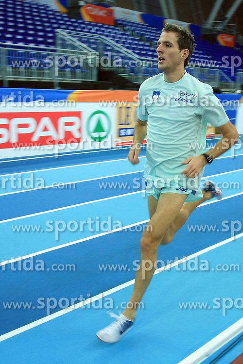 Slovenian long run athlete Cene Subic at the afternoon warming up day before European Athletics Indoor Championships Torino 2009 (6th - 8th March), at Oval Lingotto Stadium,  Torino, Italy, on March 5, 2009. (Photo by Vid Ponikvar / Sportida)