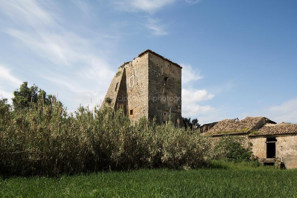 SATRIANO (CZ), ITALIA - 13 APRILE 2014: Torre Ravaschiera a Satriano,  il 13 aprile 2014