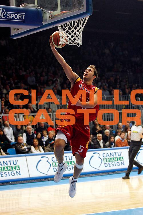 DESCRIZIONE : Cantu Lega A1 2007-08 Tisettanta Cantu Lottomatica Virtus Roma<br /> GIOCATORE : Jacopo Giachetti<br /> SQUADRA : Lottomatica Virtus Roma<br /> EVENTO : Campionato Lega A1 2007-2008<br /> GARA : Tisettanta Cantu Lottomatica Virtus Roma<br /> DATA : 25/11/2007<br /> CATEGORIA : Tiro<br /> SPORT : Pallacanestro<br /> AUTORE : Agenzia Ciamillo-Castoria/G.Cottini