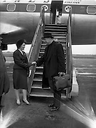 16/02/1959<br /> 02/16/1959<br /> 16 February 1959<br /> Rev. Fr. Patrick Peyton arriving at Dublin Airport. Fr. Peyton is greeted by Aer Lingus Hostess J. McCaughey on arrival at Dublin Airport.