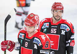 13.12.2015, Tiroler Wasserkraft Arena, Innsbruck, Österreich, EBEL, HC TWK Innsbruck die Haie vs HC Orli Znojmo, 30. Runde, im Bild vl.:  Hunter Bishop (HC TWK Innsbruck Die Haie), Nick Schaus (HC TWK Innsbruck  Die Haie) // during the Erste Bank Icehockey League 30th round match between HC TWK Innsbruck  die Haie and HC Orli Znojmo at the Tiroler Wasserkraft Arena in Innsbruck, Austria on 2015/12/13. EXPA Pictures © 2015, PhotoCredit: EXPA/ Jakob Gruber
