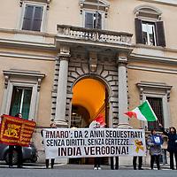Manifestazione all'Ambasciata dell'India per i marò
