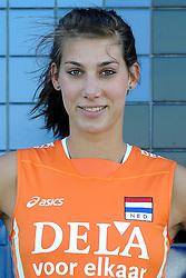 02-06-2010 VOLLEYBAL: NEDERLANDS VROUWEN VOLLEYBAL TEAM: ALMERE<br /> Reportage Nederlands volleybalteam vrouwen / Robin de Kruijf<br /> ©2010-WWW.FOTOHOOGENDOORN.NL