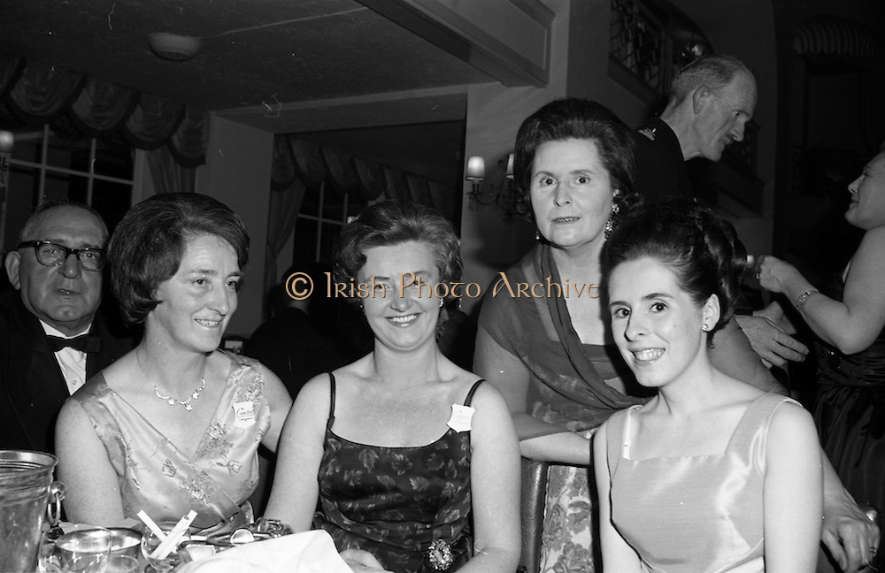 28/04/1965<br /> 04/28/1965<br /> 28 April 1965<br /> Festival of Kerry Dublin Ball at the Gresham Hotel, Dublin. Photo shows (l-r):Miss Kathleen O'Brien, Joint Honorary Secretary; Miss Kathie O'Connor, Joint Honorary Secretary; Mrs P. McDonnell, (Late of Tralee), Chairman Belfast Committee and her daughter Miss Eleanor McDonnell.