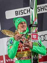 06.01.2016, Paul Ausserleitner Schanze, Bischofshofen, AUT, FIS Weltcup Ski Sprung, Vierschanzentournee, Bischofshofen, XXX, im Bild Gesamtsieger Peter Prevc (SLO) mit dem Sieger Pokal // celebrate his winner on overall podium of the Four Hills Tournament of FIS Ski Jumping World Cup at the Paul Ausserleitner Schanze in Bischofshofen, Austria on 2016/01/06. EXPA Pictures © 2016, PhotoCredit: EXPA/ JFK