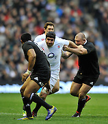 Twickenham, GREAT BRITAIN,    Englands' Ben MORGAN, with ball, on the charge,  QBE. Autumn International;  England vs New Zealand, Rugby match.  Autumn, International Test Series.  RFU. Twickenham Stadium, Surrey.  Saturday  01/12/2012..[Mandatory Credit; Peter Spurrier/Intersport-images]