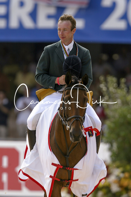 Lennon Dermott (IRL) - Liscalgot  <br /> Jumping final<br /> World Equestrian Games Jerez de la Fronteira 2002<br /> Photo © Dirk Caremans