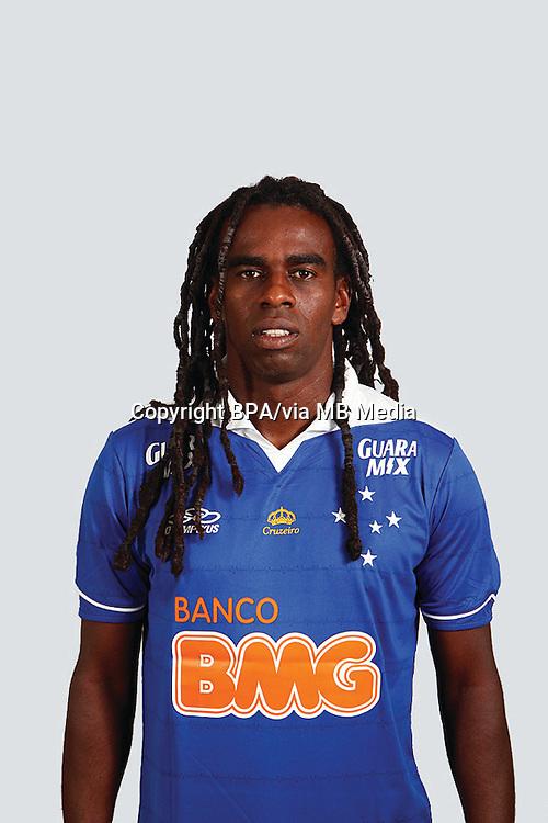 """Paulo César Fonseca do Nascimento  """" TINGA """"    ( Cruzeiro Esporte Clube )"""