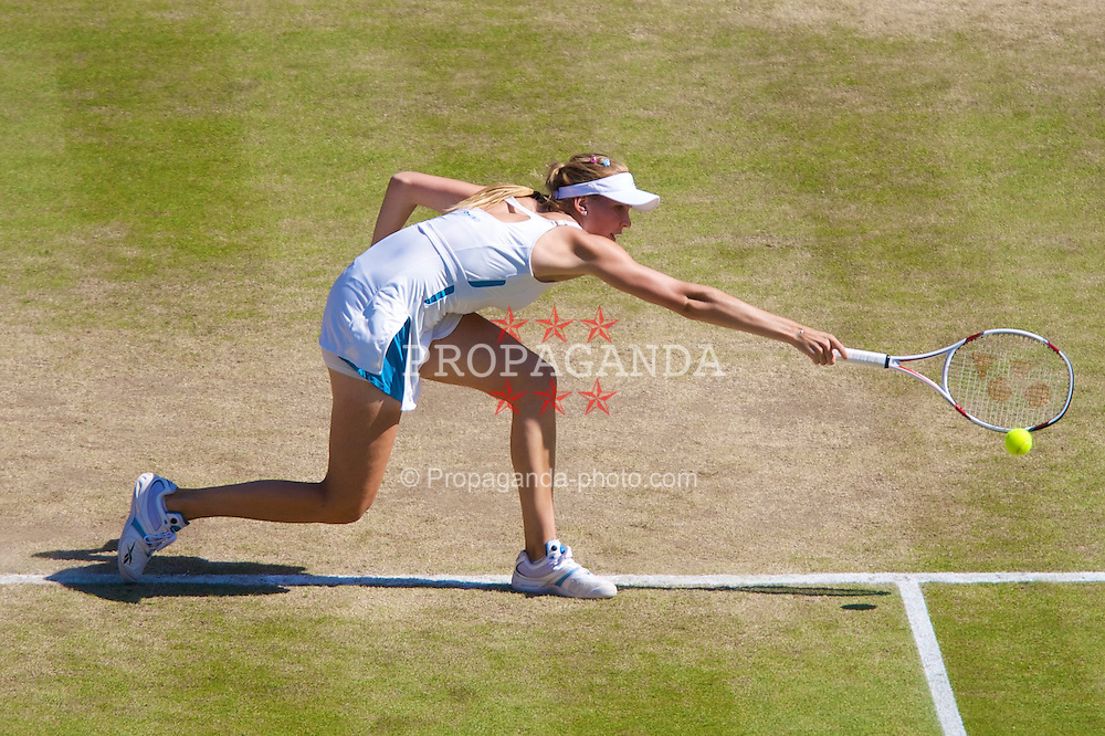 LONDON, ENGLAND - Tuesday, July 1, 2008: Nicole Vaidisova (CZE) during the Ladies' Singles Quarter-Final on day eight of the Wimbledon Lawn Tennis Championships at the All England Lawn Tennis and Croquet Club. (Photo by David Rawcliffe/Propaganda)