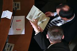 Javno odpiranje ponudb za izbiro zasebnega strateskega partnerja pri gradnji sportnega parka v Stozicah, 28. februar 2008, Mestna hisa, Ljubljana, Slovenija. Predstavniki podjetja RED d.o.o..(Photo by Vid Ponikvar / Sportal Images)