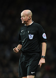 Referee, Lee Mason  - Photo mandatory by-line: Joe Meredith/JMP - Mobile: 07966 386802 - 20/12/2014 - SPORT - football - Birmingham - Villa Park - Aston Villa v Manchester United - Barclays Premier League