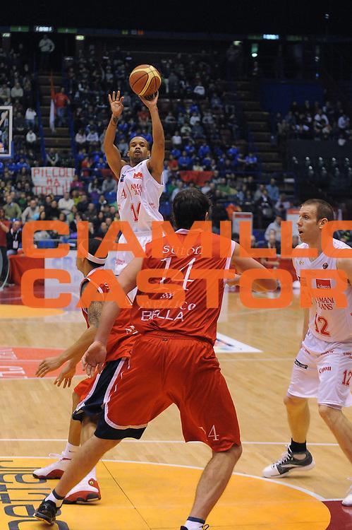 DESCRIZIONE : Milano Lega A 2010-11 Armani Jeans Milano Angelico Biella<br /> GIOCATORE : Lynn Greer<br /> SQUADRA : Armani Jeans Milano<br /> EVENTO : Campionato Lega A 2010-2011<br /> GARA : Armani Jeans Milano Angelico Biella<br /> DATA : 06/02/2011<br /> CATEGORIA : Tiro<br /> SPORT : Pallacanestro<br /> AUTORE : Agenzia Ciamillo-Castoria/A.Dealberto<br /> Galleria : Lega Basket A 2010-2011<br /> Fotonotizia : Milano Lega A 2010-11Armani Jeans Milano Angelico Biella<br /> Predefinita :