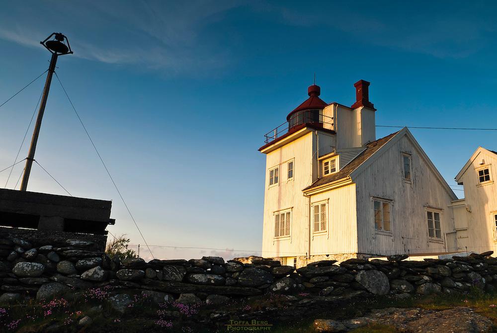 Tungenes fyr, nordspissen av Jæren. Fyret ligger helt nord i Randaberg Kommune, Rogaland. Tungenes lighthouse, the northern tip of the district of Jæren. The lighthouse is found furthest north in Randaberg municipality, Rogaland county, Norway.