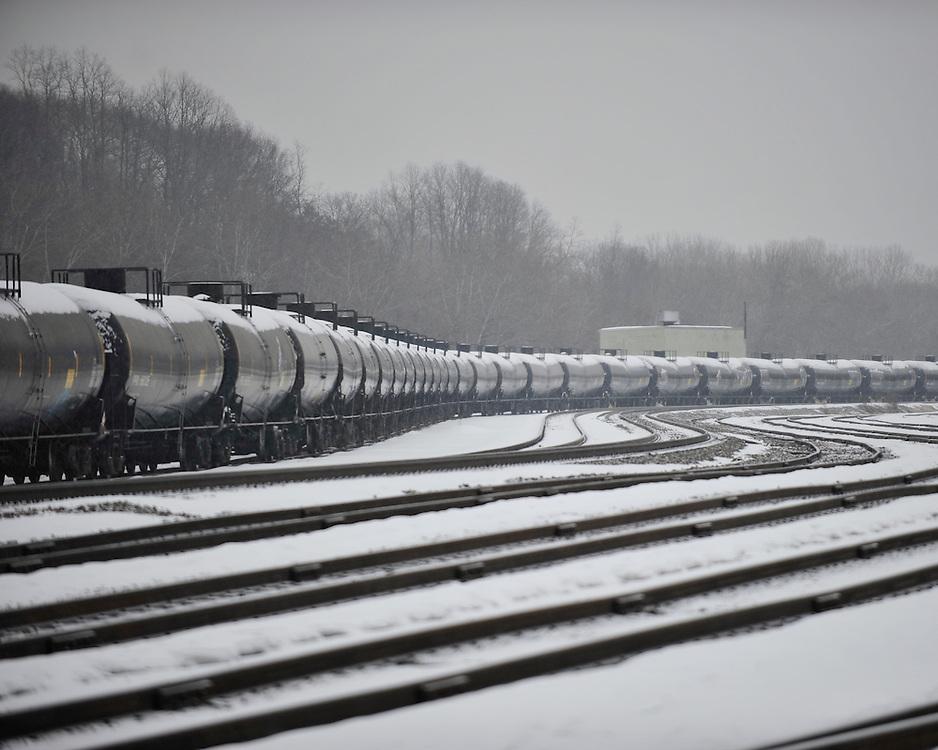 Bakken Crude Oil Railroad Cars In Bethlehem East Coast News Photo