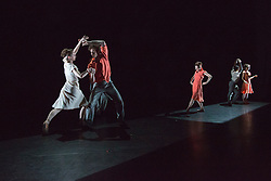 "© Licensed to London News Pictures. 18/06/2015. London, UK. Pictured: Fractured Memory choreographed by Max Westewll with Laurretta Summerscales, Madison Keesler, Kaja Khaniukova, Jinhao Zhang, Daniele Silingardi and Junor Souza performing. The English National Ballet (ENB) presents Choreographics, dance created by emerging and developing choreographers inspired by the theme of ""Post-War America"" at the Lilian Baylis Studio/Sadler's Wells. Photo credit : Bettina Strenske/LNP"