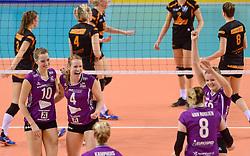 21-02-2016 NED: Bekerfinale Eurosped TVT - Set Up 65, Almere<br /> Nicole Oude Luttikhuis #10 of Eurosped, Eline Gommans #4 of Eurosped, Rochelle Wopereis #12 of Eurosped
