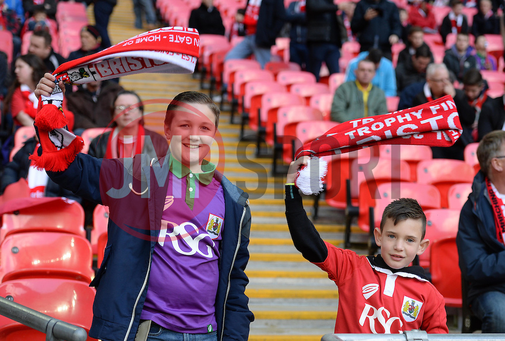 Bristol city fans inside wembley.  - Photo mandatory by-line: Alex James/JMP - Mobile: 07966 386802 - 22/03/2015 - SPORT - Football - London - Wembley Stadium - Bristol City v Walsall - Johnstone Paint Trophy Final