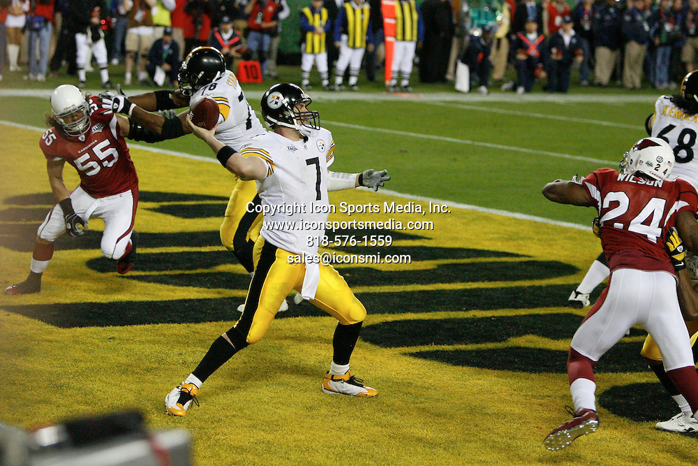 Feb 01, 2009 - Tampa, Florida, USA - Steelers QB Ben Roethlisberger (7) pass out of the end zone in the fourth quarter. the Steelers were called for holding in the end zone resulting in a safety for the Cardinals..Super Bowl XLIII between the Arizona Cardinals and the Pittsburgh Steelers on February 1, 2009 at Raymond James Stadium