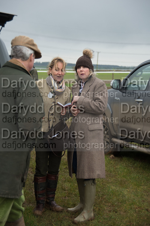CHRISTOPHER COX; SERENA PREST; ANNIE COX, The Heythrop Hunt Point to Point. Cocklebarrow. 24 January 2016