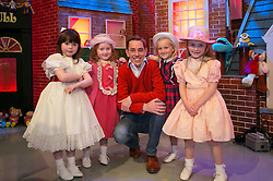 THIS YEARS LATE LATE TOY SHOW PROMISES TO BE SUPERCALIFRAGILILSTICEXPIALIDOCIOUS&hellip;. <br /> Ryan Tubridy is pictured on the set of this year&rsquo;s Late Late Toy with Keyla Mimahon (5), Emily Talbot (5), Emma Boden (5) and Ella McDonald (6) and it promises to be supercalifragililsticexpialidocious! The theme of this year&rsquo;s show is based on the much loved musical film Mary Poppins. Picture Andres Poveda
