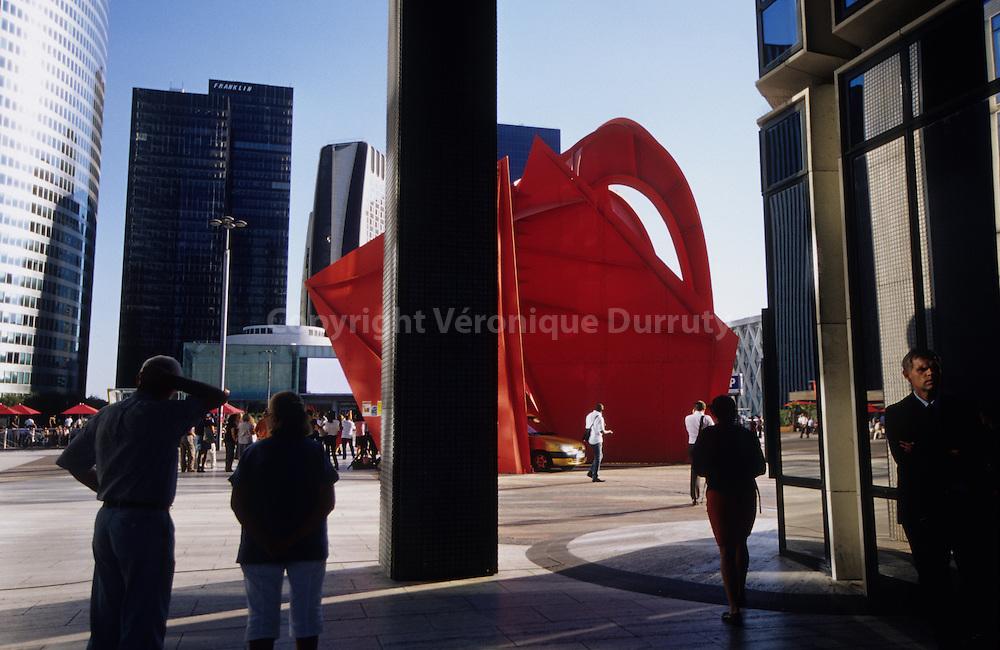 Contemporary architecture in Paris la Defense, the business district og Paris